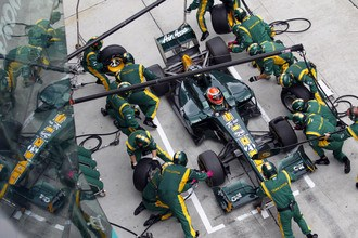 Team Lotus to be Caterham Team AirAsia