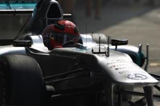 Schumacher extends Mercedes deal for 2013