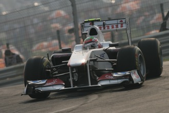 Perez makes amends with point