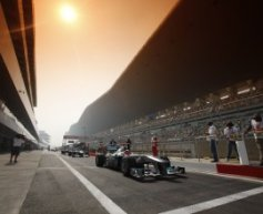 Rosberg happy to stay patient with Mercedes