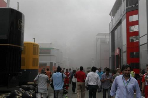 Williams denies cigarette caused Barcelona blaze