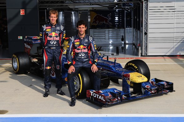 Vettel and Webber unveil wings for life cars