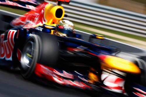 Vettel takes pole in Japan