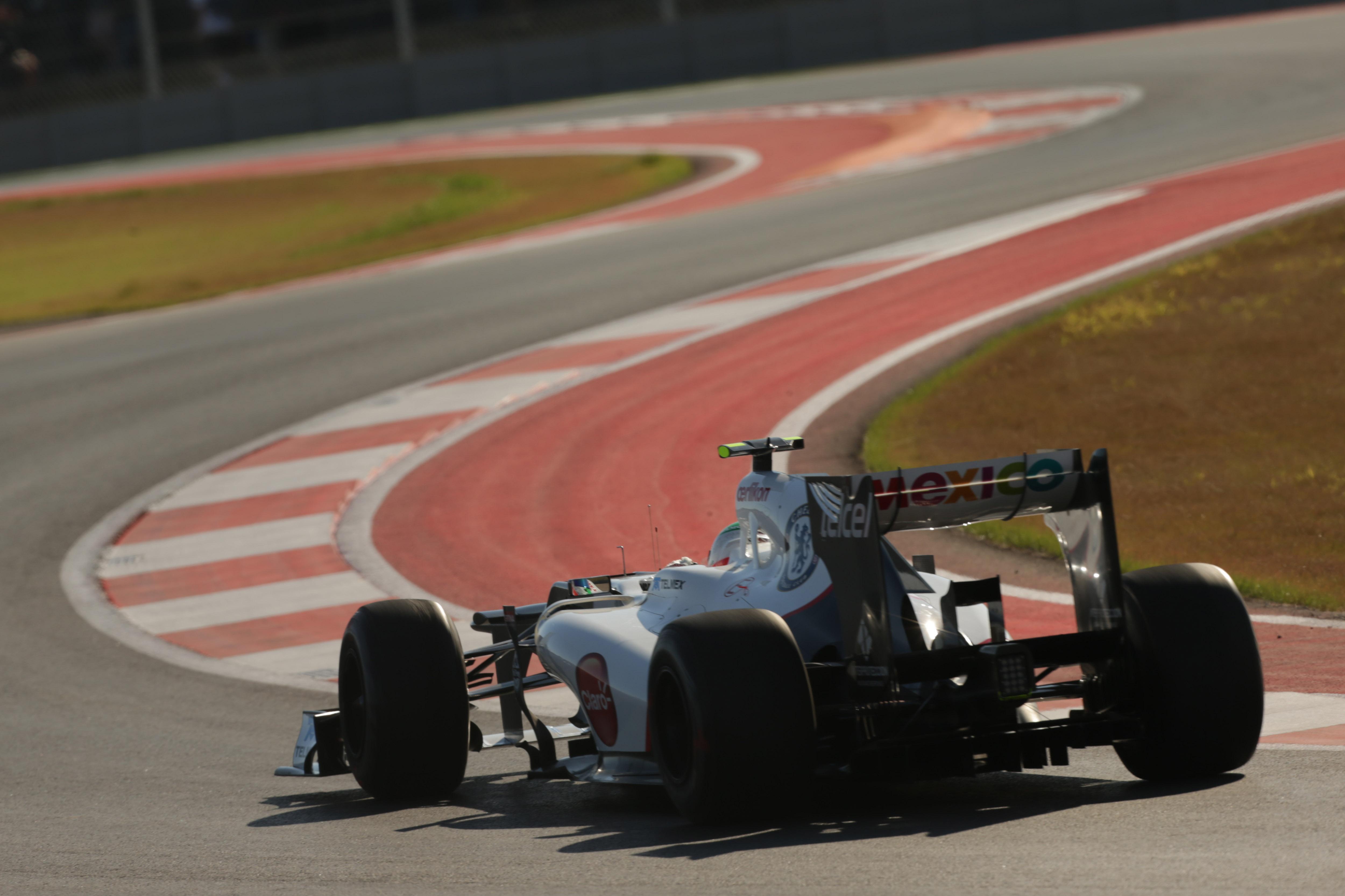 Kobayashi concerned about tyre warm-up