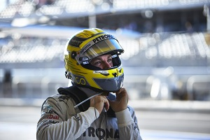Rosberg will test the Mercedes W04 before Hamilton