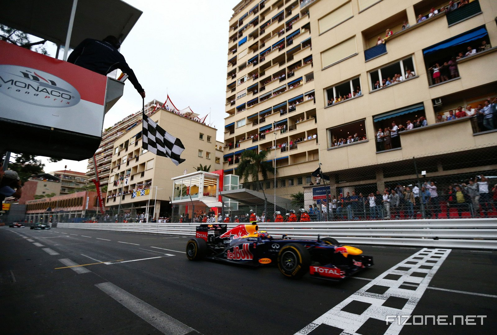 Review: Official Formula 1 Season Review 2012