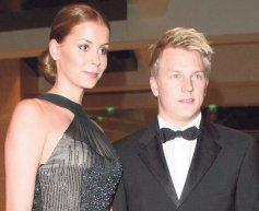 Raikkonen splits with wife