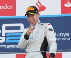 Frijns joins Caterham as reserve driver