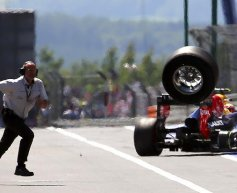Formula 1 teams set for loose wheel grid drops