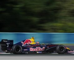 Da Costa ends win drought, Magnussen extends lead
