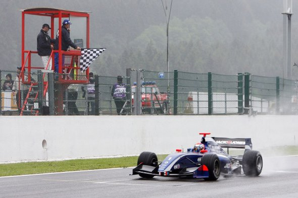 Maiden FR3.5 win at Spa in 2012