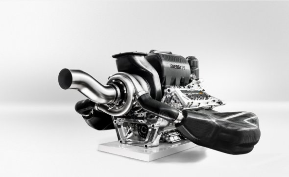 Drivers will use power units this season. Renault Sport.