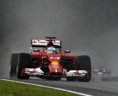 Alonso thankful to Ferrari mechanics