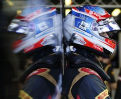 Lotus vows to recover after disastrous session