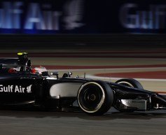 Dennis: McLaren must win in 2014