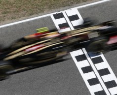 Maldonado ends Spanish test on top