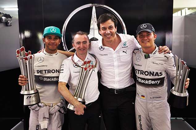 F1 experts criticise Mercedes over driver duel