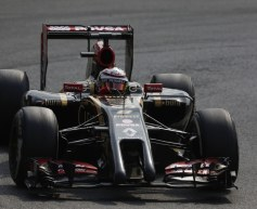 Lotus admits E22 design error