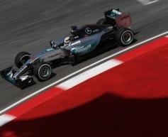 Hamilton tops Sepang running despite problems