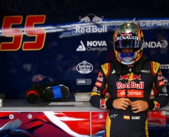 Sainz Jr. frustrated by lack of running