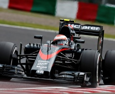 McLaren confirms Button to stay for 2016