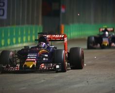 Verstappen: No reason to let Sainz through