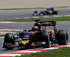 Kvyat content with point on Toro Rosso comeback