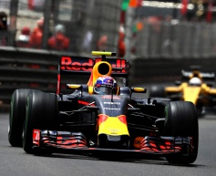 Verstappen disappointed by Monaco error