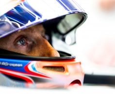 Grosjean hopes warmer weather suits Haas