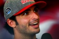 Toro Rosso retains Sainz Jr. for 2017