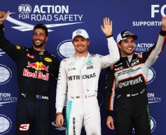 Rosberg takes pole, Hamilton crashes out