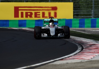 Hamilton takes win, points lead, in Hungary