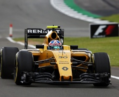Gearbox problem ends troublesome Renault showing