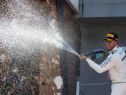 Hamilton clinches victory in Barcelona