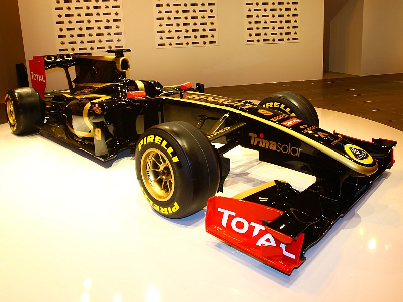 Renault: We want to win in 2011