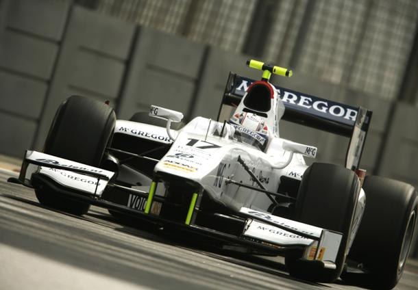 Van der Garde fastest in Abu Dhabi