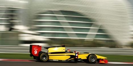 GP2 Asia: Grosjean takes Abu Dhabi pole