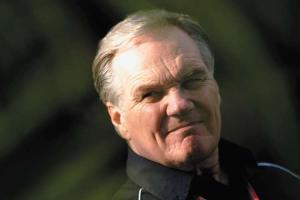 Patrick Head retiring in 2011