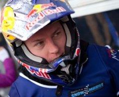 Raikkonen suffers minor hand injury in snowmobile race