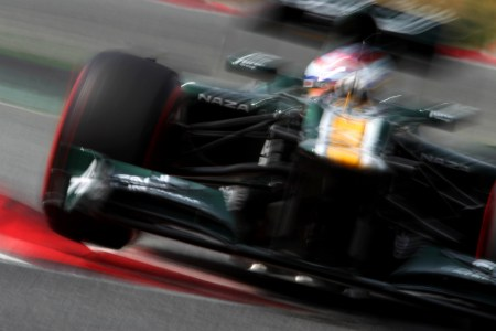 Petrov insists Alonso also a 'pay-driver'