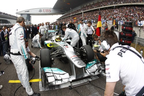 Button: Mercedes' double-DRS 'not massive' gain