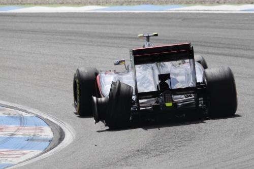 Hamilton hopes punctured
