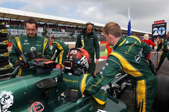 Kovalainen returns to Caterham as reserve driver