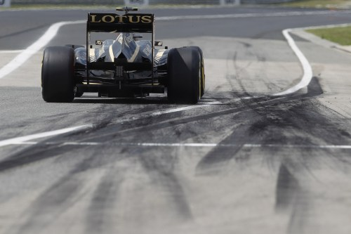 Lotus confirms young driver line up