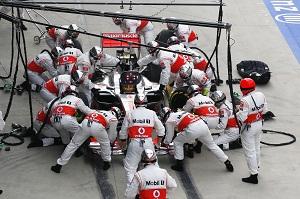 McLaren chose Button over Hamilton's farewell party