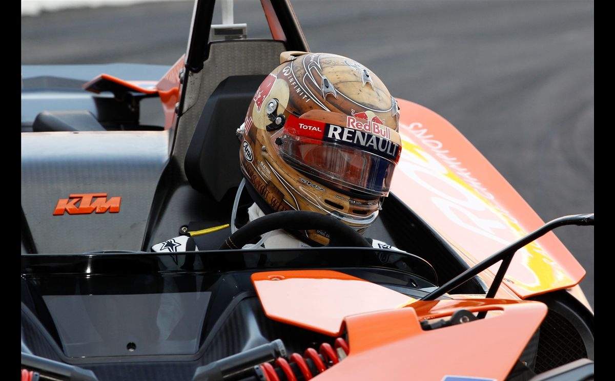 Vettel and Schumacher win RoC Nations Cup