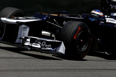No stepped nose on Williams FW35