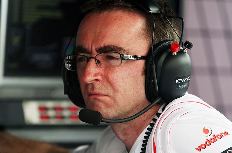 Lowe to follow Hamilton to Mercedes