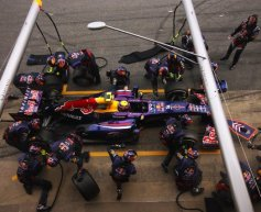 'Engine maps' trouble for Red Bull, Lotus