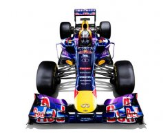 Red Bull Racing unveils RB9